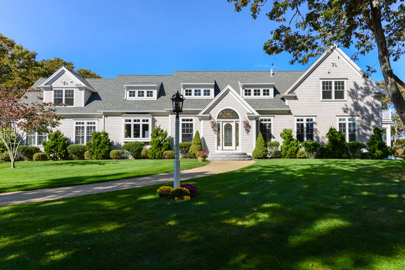 Outer cape cod luxury homes for sale for Cape cod waterfront homes for sale