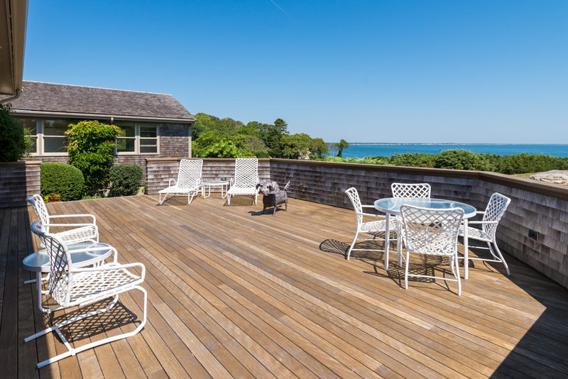 Cape cod waterfront luxury real estate defined for Cape cod luxury homes