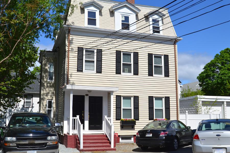 47 r franklin street 2 somerville ma 02145 robert. Black Bedroom Furniture Sets. Home Design Ideas