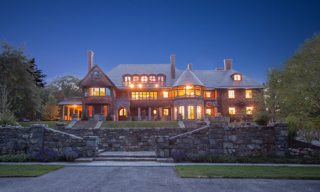 Cape cod boston coastal ma luxury waterfront homes for Massachusetts home builders