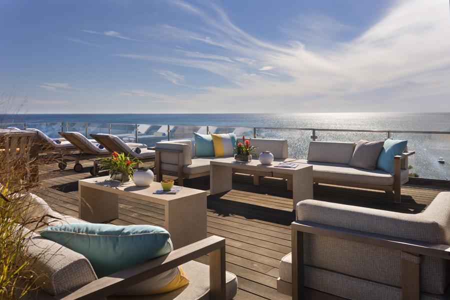Cape cod boston coastal ma luxury waterfront homes for Beach house deck ideas