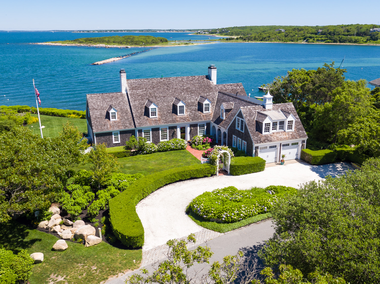 Cape cod boston coastal ma luxury waterfront homes for Mansions in cape cod