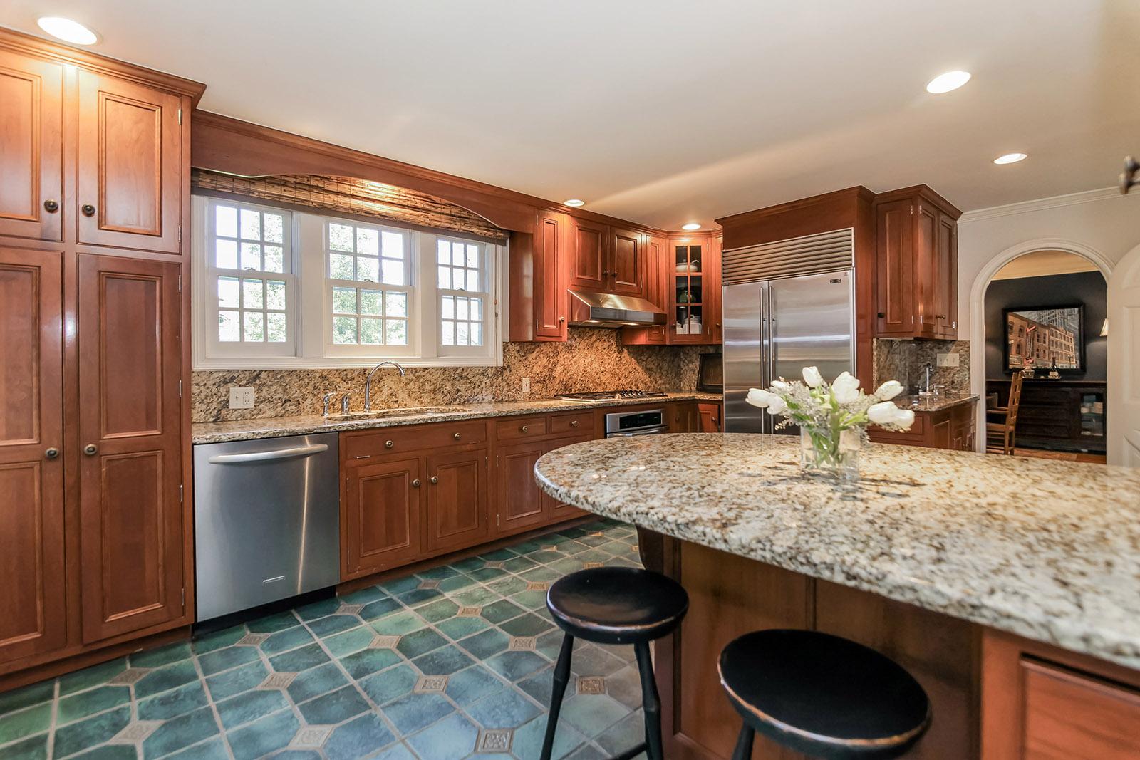 Kitchen cabinets summit nj - 48 Colt Road Summit Nj 07901